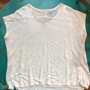 Loft Linen T. Size Large. Color: off white.